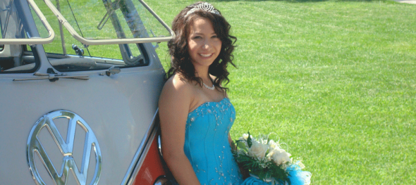 Hippie Limo - Cynthia's Quinceañera - Relaxed Pose