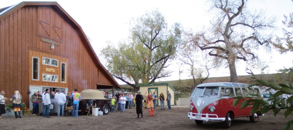 The Hippie Limo - Jim Hogan's 70th Birthday - The Crowd Gathers - Frogbelly Farm